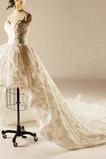 Robe de mariage Fleurs Jardin Médium Dentelle Col en Cœur Traîne Longue