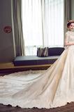 Robe de mariée Manche Courte Eglise Couvert de Dentelle Corsage Avec Bijoux