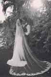 Voile de mariée Tulle Traîne Mi-longue Longue Jardin blanc Avec le peigne