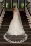 Voile de mariée Romantique Mariage Dentelle Traîne Mi-longue