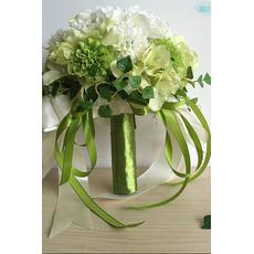 Vert et blanc avec la main brodée de chrysanthème tenant des fleurs pour le mariage