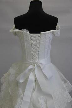 Robe de mariée Vintage Train de balayage A-ligne col coeur Manche Courte