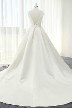 Robe de mariée Dos nu Salle Epurée Naturel taille Col en V Foncé
