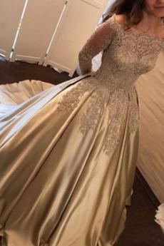 Robe de bal Naturel taille Couvert de Dentelle Sablier aligne