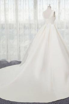 Robe de mariage A-ligne Naturel taille Satin Eglise Automne Sans Manches