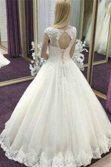 Robe de mariée Formelle Appliquer Chapelle A-ligne Longueur de plancher