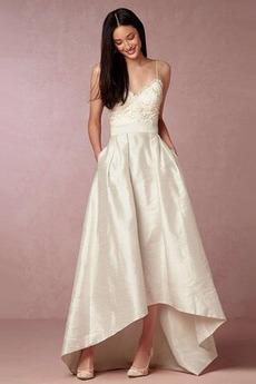 Robe de mariée Asymétrique Col en V De plein air noble Sans Manches