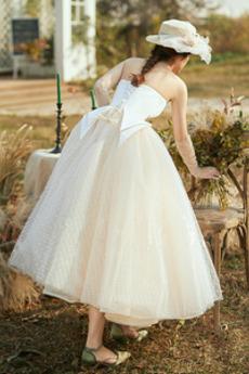 Robe de mariée De plein air Été Manquant Longueur Mollet Balançoire