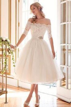 Robe de mariée noble Printemps Manche Demi Dentelle Perle Manche Aérienne