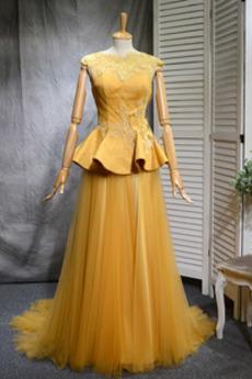 Robe de bal Vintage Tulle A-ligne Train de balayage Manquant