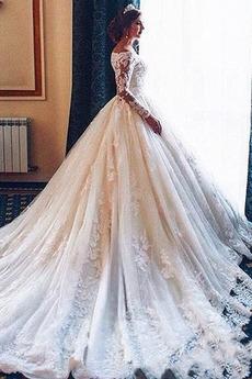 Robe de mariée Manche Aérienne Gaze Dentelle Perle Salle Poire