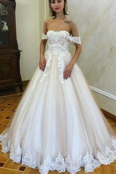 Robe de mariée Romantique Dentelle Mancheron Rosée épaule Automne