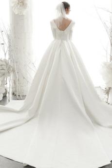 Robe de mariage Naturel taille Satin Formelle Traîne Royal Col Carré