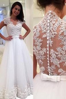 Robe de mariée Tulle Luxueux a ligne Mancheron Couvert de Dentelle