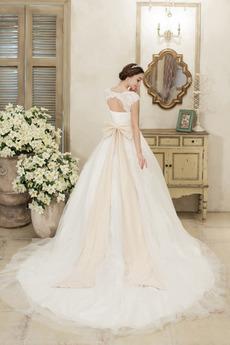Robe de mariée Traîne Moyenne Médium Haut Bas a ligne Couvert de Dentelle