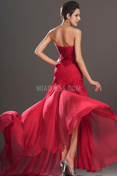 Robe de bal Rouge Manquant Milieu Près du corps Dramatique Sans Manches