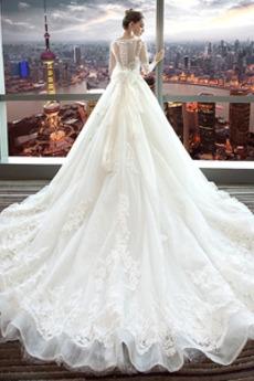 Robe de mariée Manche Longue Eglise Traîne Royal aligne Chaussez