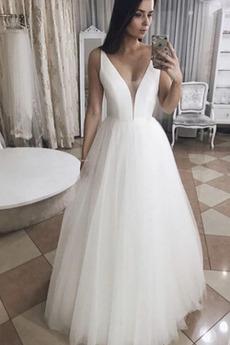 Robe de mariée Tulle a ligne Train de petit Rivage Sans Manches
