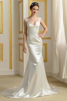 Robe de mariée Près du corps Naturel taille Drapé Satin Luxueux