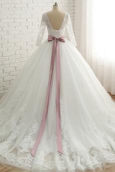 Robe de mariée Vintage Cathédrale Traîne Courte 3/4 Manche Manche Aérienne