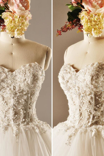 Robe de mariée Princesse Lacez vers le haut Tulle Eglise Col en Cœur - Page 5