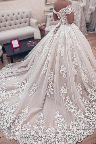 Robe de mariée Manche Courte Couvert de Dentelle Naturel taille - Page 2