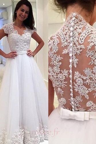 Robe de mariée Tulle Luxueux a ligne Mancheron Couvert de Dentelle - Page 1