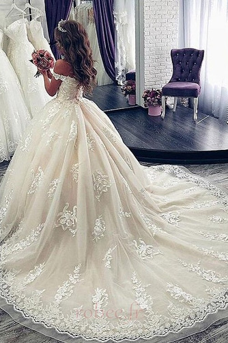 Robe de mariée Manche Courte Luxueux A-ligne Poire Dentelle Dos nu - Page 2