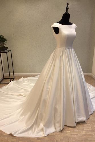 Robe de mariée Manche Courte Satin Trou De Serrure Col Bateau - Page 2