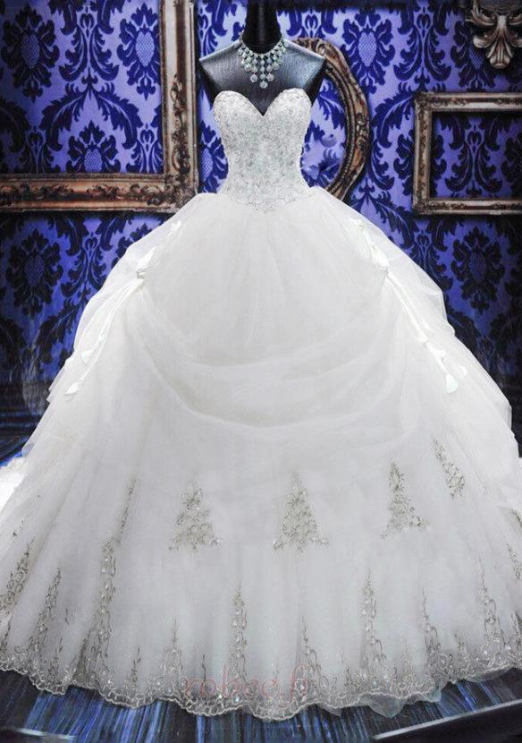 Robe de mariée Tulle Col en Cœur Eglise Sans Manches Ancien Cristal 1
