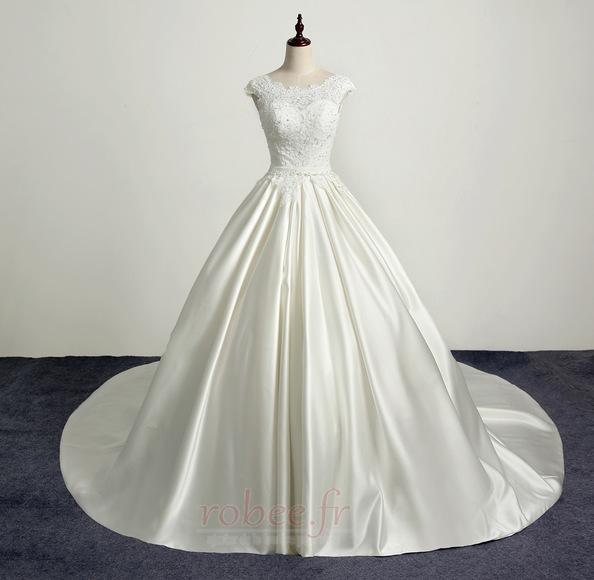 Robe de mariée Princesse Eglise Traîne Longue Manche Courte Satin 1