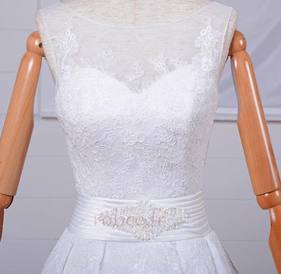 Robe de mariée Vintage Col Bateau Traîne Mi-longue Haut Bas Dentelle 4
