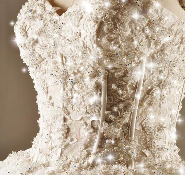 Robe de mariée Princesse Lacez vers le haut Tulle Eglise Col en Cœur 4