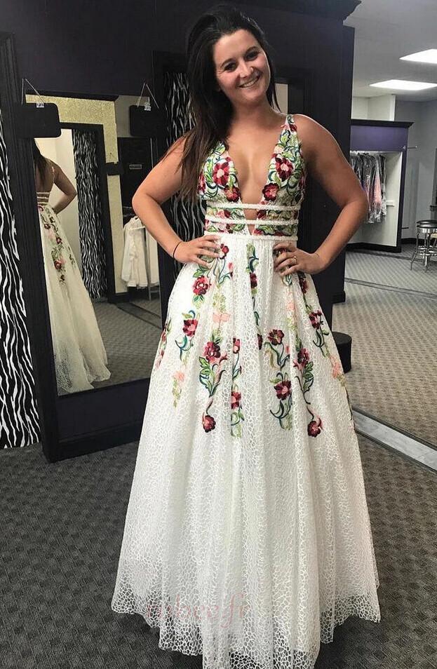 Une robe de mariée pour un buste plus grand
