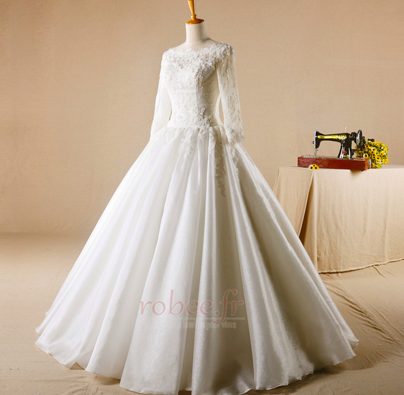 Robe de mariage Glissière Chapelle Formelle Traîne Courte Naturel taille 1