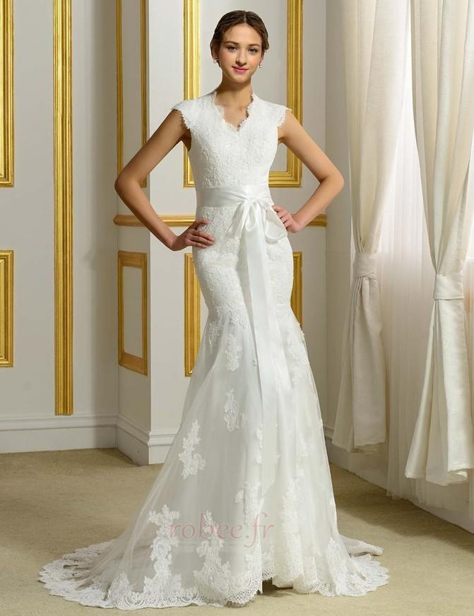 Robes de mariée Près du corps