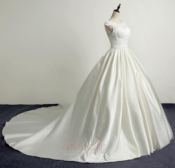 Robe de mariée Princesse Eglise Traîne Longue Manche Courte Satin 3