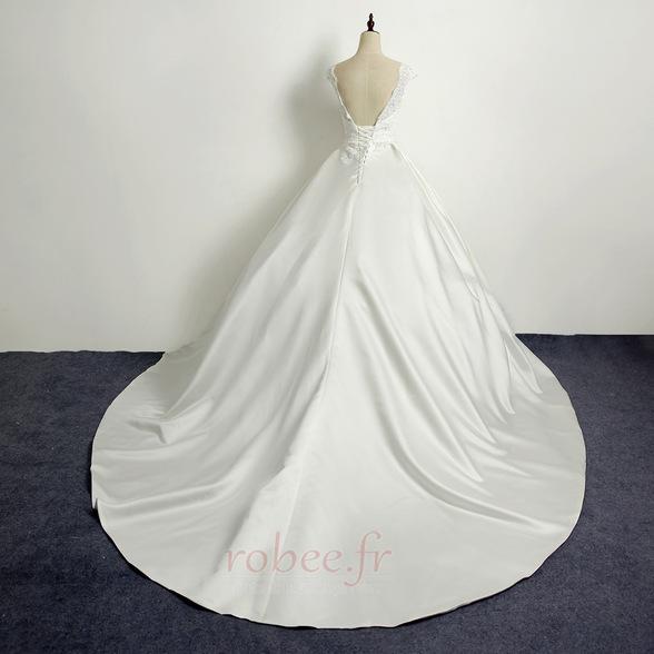 Robe de mariée Princesse Eglise Traîne Longue Manche Courte Satin 2